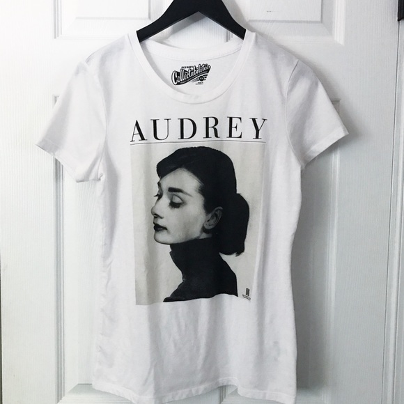 Old Navy Tops - old navy audrey hepburn tee